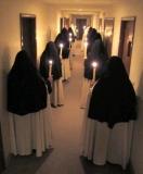 carmelite-nuns-salve-procession