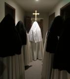 carmelite-sisters-procession
