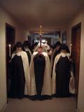 procession-carmelite-sisters